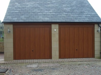 Horman vertical rib retractable garage door