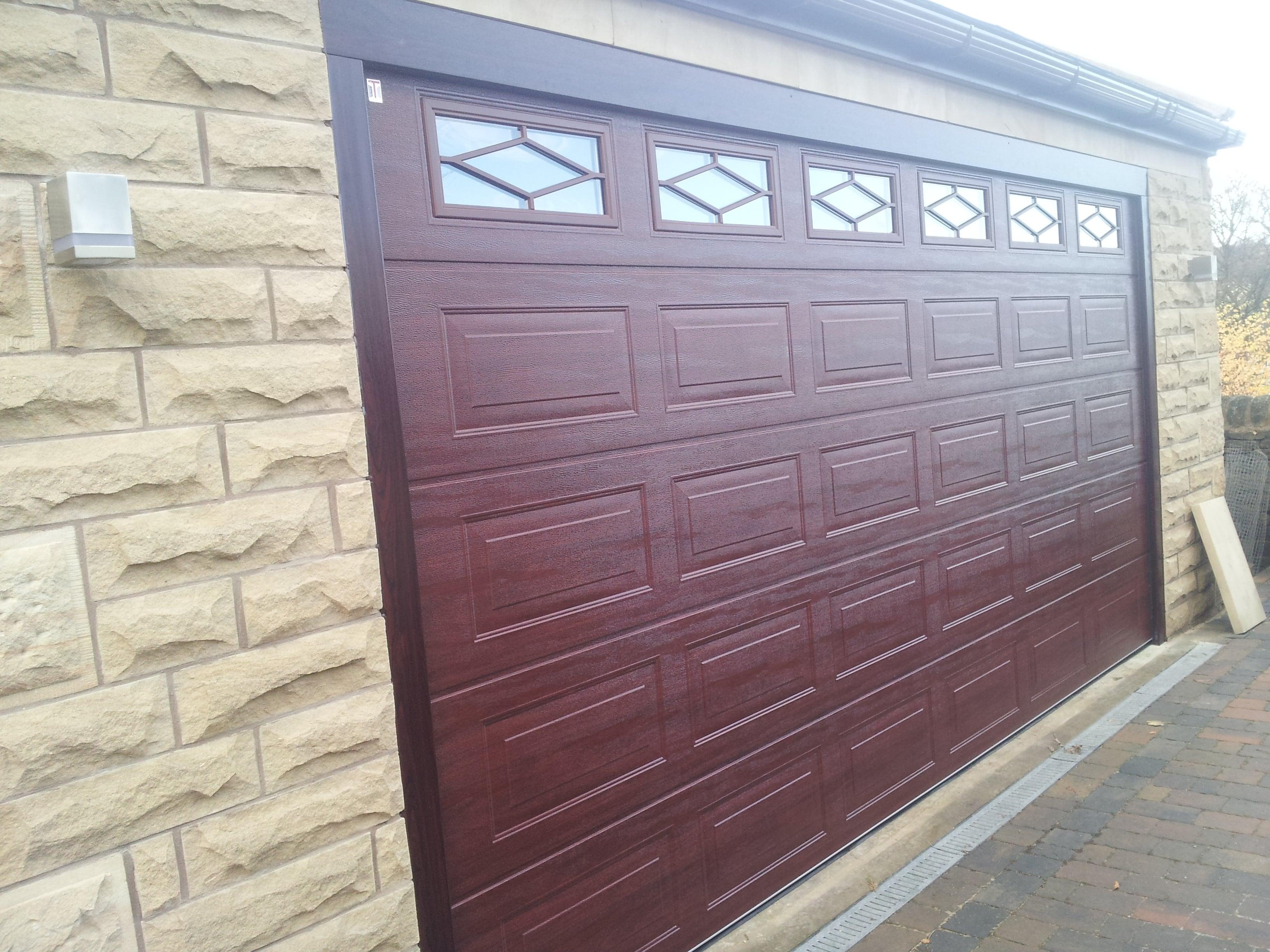 Teckentrup sectional garage door earby door services 20131127110221 20131127110241 20131127110338 rubansaba