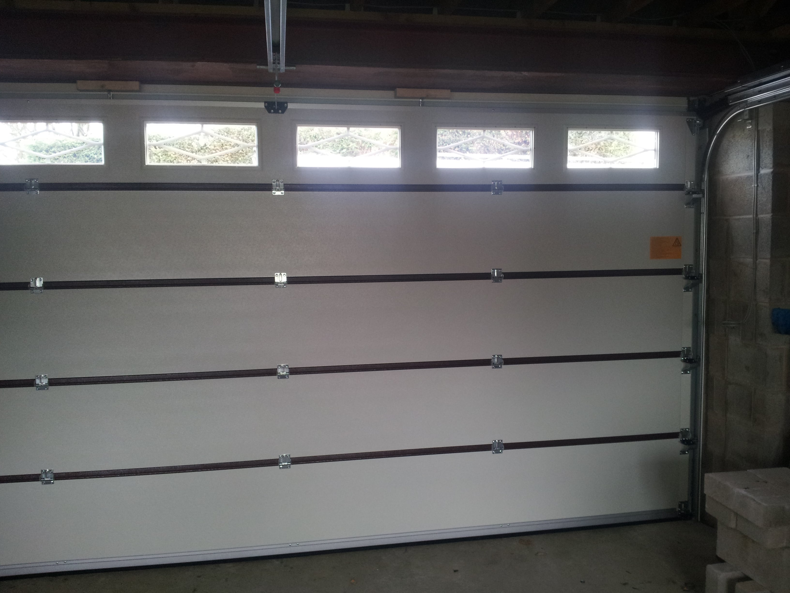 Teckentrup sectional garage door earby door services for How wide is a garage door